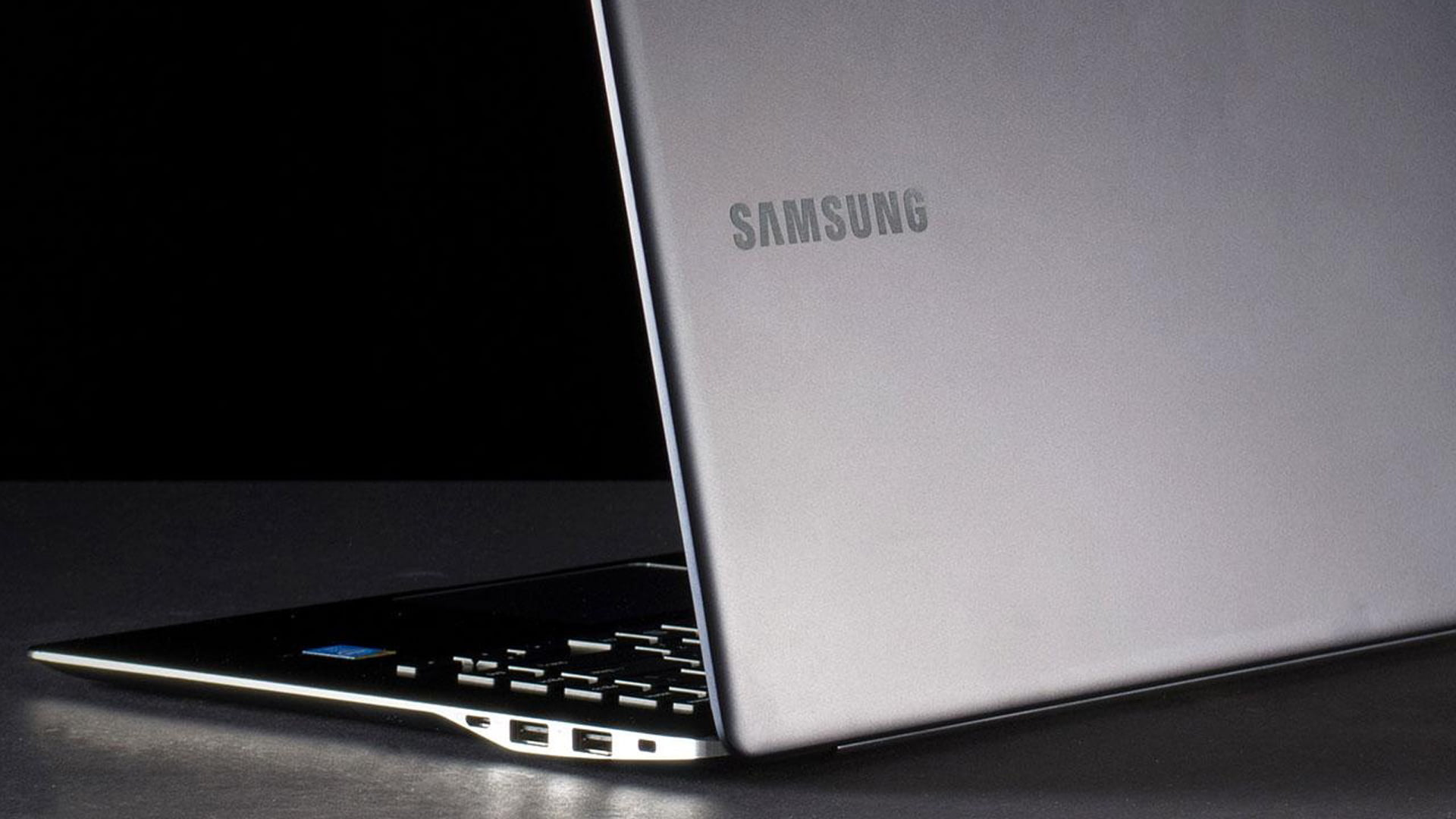 Samsung ATIV Book 9 con Windows 7
