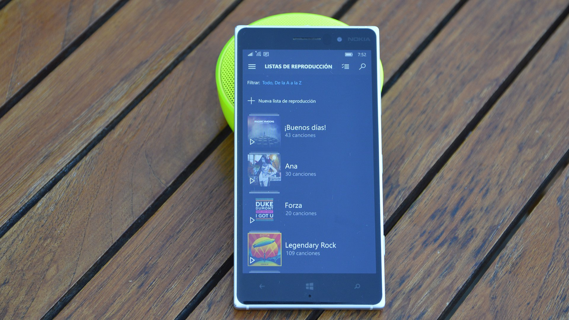 Lumia 830 con la app abierta