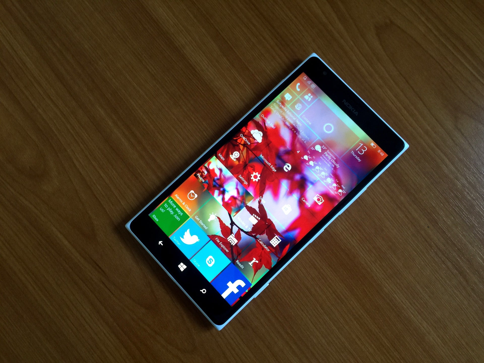 Teléfono con windows 10 mobile