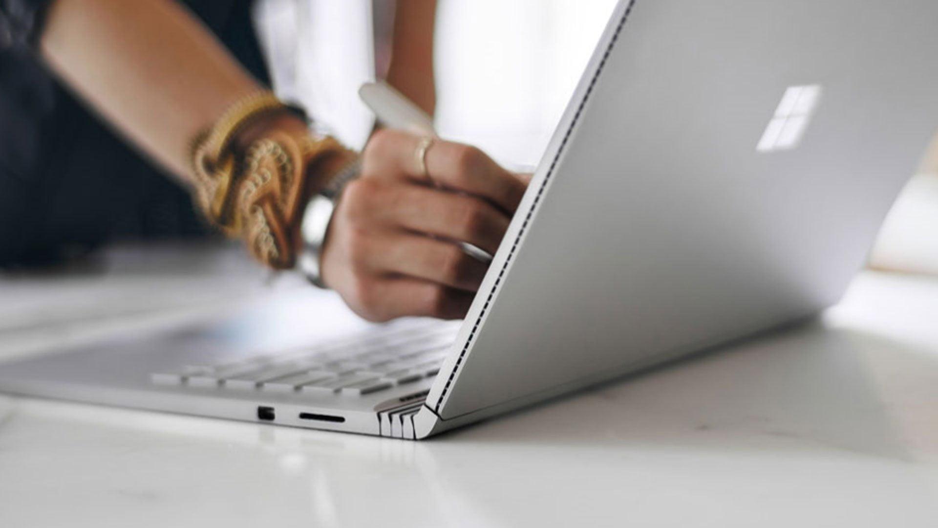 Usando el stylus de Surface en una Surface Book