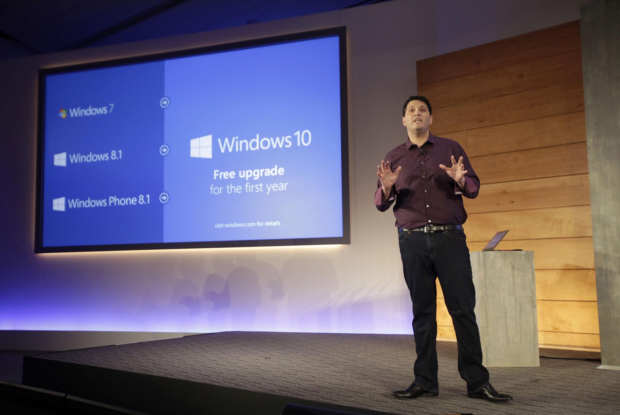 Terry anunciando Windows 10