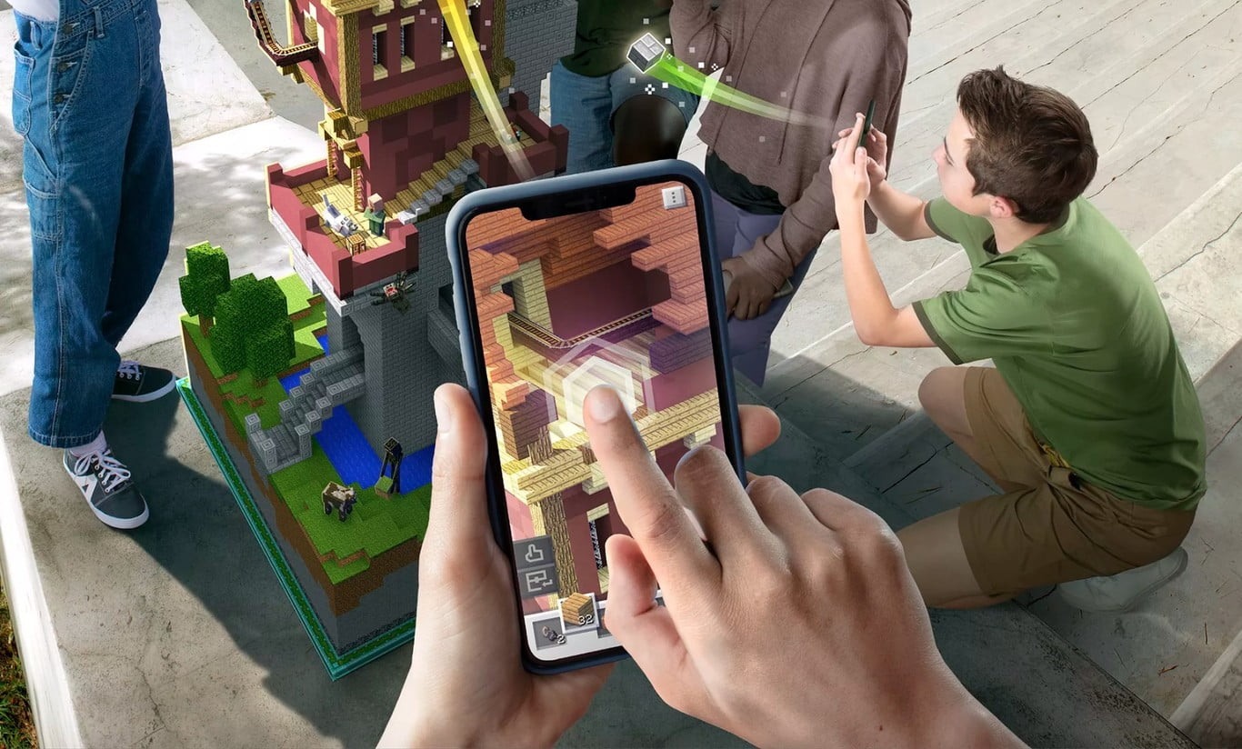 Minecraft Earth funcionando en un iPhone X con interacción del usuario