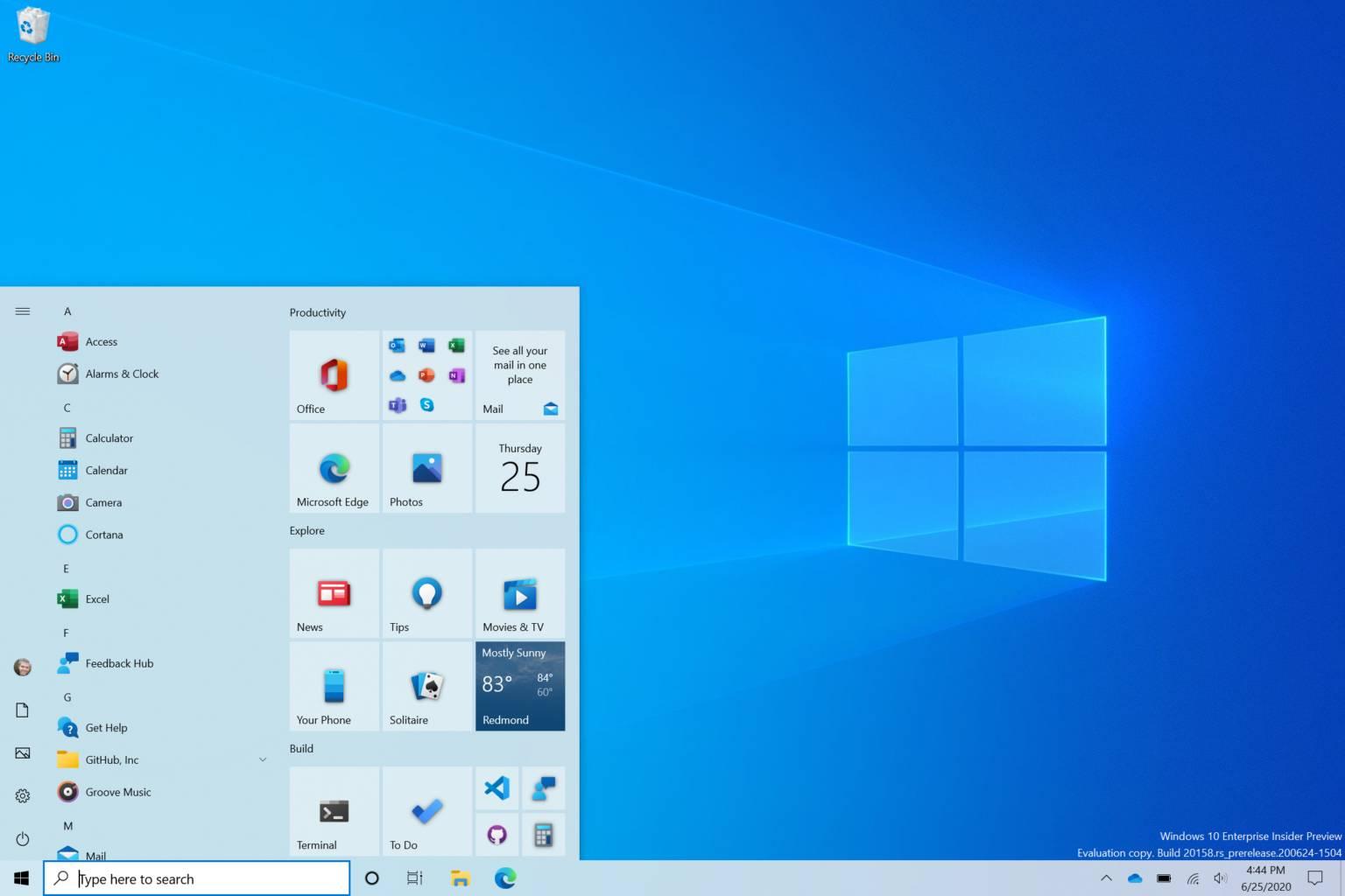 Nuevo menú inicio en el tema claro del canal Dev para la Build 20161 en Windows 10