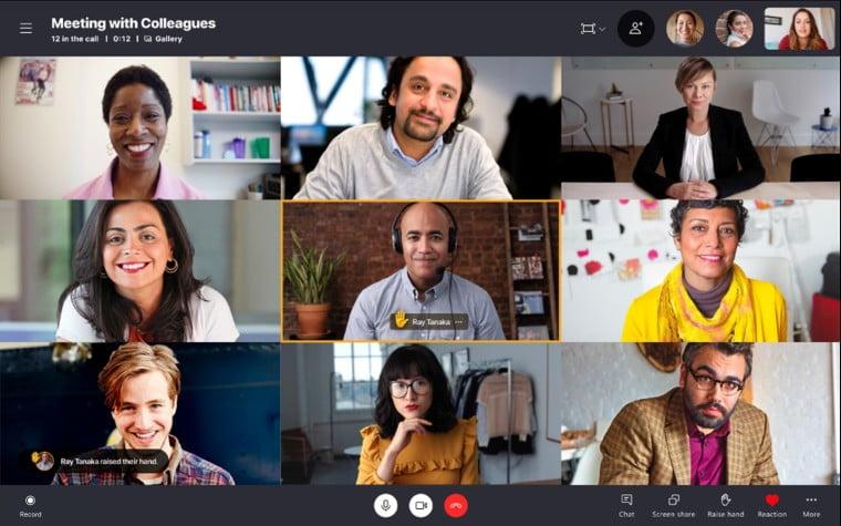Ya es posible levantar la mano en Skype
