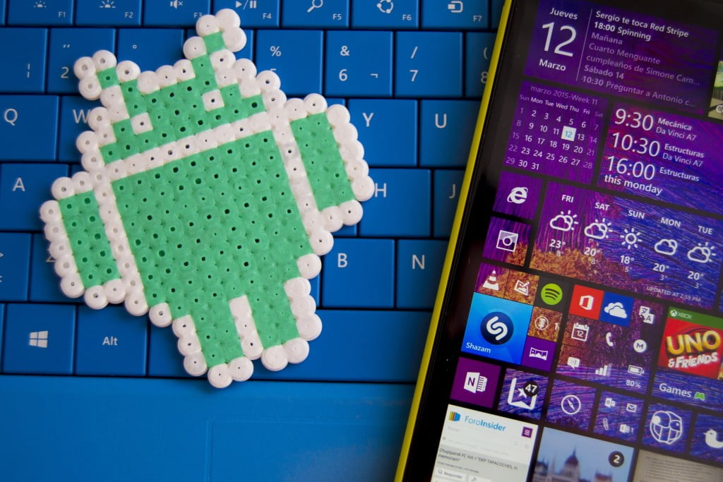Windows Phone 8.1 y logotipo de Android